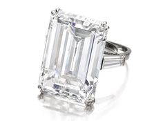 31.34-carat Victory diamond • Sotheby's (D color, Type IIa)