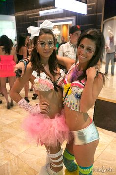 Some more #EDC outfit inspiration for those preparing for Electric Daisy Carnival #raves