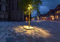 Ribe-Cathedral-Square-by-Schonherr-Landscape_Architecture-05 « Landscape Architecture Works | Landezine Landscape Architecture Works | Love the use of trees as alternate light posts