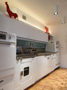 The GE Wonder Kitchen: Introduced in 1955