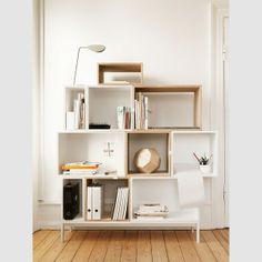 MUUTO - Regał STACKED - elementy białe otwarte - Design & Concept Store – meble: półki, regały, komody, szafki, szafy, stojaki, wieszaki, ławy, stoliki, stoły drewniane, krzesła, taborety. Designerskie meble