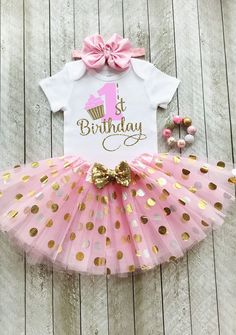 Baby girl birthday outfit pink and gold Onederful birthday Pink and gold birthday tutu set Cake smash outfit girl Miss onederful - pawty - Birthday&Gifts Gold First Birthday Outfit, 1st Birthday Shirts, Baby Girl 1st Birthday, Birthday Party Outfits, Gold Birthday, Birthday Ideas, Birthday Cake, Turtle Birthday, Turtle Party