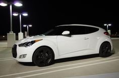 Hyundai Veloster White with Black Rims Find the Classic Rims of Your Dreams - www.allcarwheels.com
