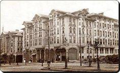 Tayyare ap'ları.Mimar Kemalettin Bey'in tasarladığı 1922'de apartman olarak inşa edilen ama günümüzde otel olan bina.
