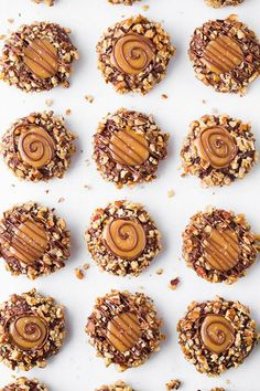 Salted Caramel Turtle Thumbprint Cookies Serve up all the flavor of chocolate turtles, but in a chewy cookie form. Salted caramel adds a gooey, sweet-and-salty finish. Delicious Desserts, Dessert Recipes, Yummy Food, Healthy Food, Healthy Rice, Healthy Meats, Nutritious Meals, Chocolate Turtles, Chocolate Cookies