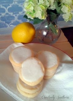 Recently, I made a few batches of iced lemon cookies for a fundraiser at work. Actually, I ended up making 7 dozen iced lemon cookies. That's a whole lotta cookies, folks! Lemon Cookies Easy, Iced Cookies, Homemade Cookies, Cookies Et Biscuits, Baby Cookies, Heart Cookies, Valentine Cookies, Easter Cookies, Birthday Cookies