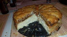 [Homemade] Baklava cheesecake Baklava Cheesecake, Cheesecake Recipes, Tim Beta, Spanakopita, Food Porn, Pie, Treats, Homemade, Healthy