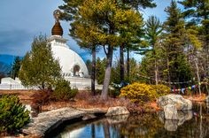 The Peace Pagoda in Leverett, MA.a favorite place to visit. Places To See, Places Ive Been, Places In America, Summer Activities, Massachusetts, Day Trips, New England, Taj Mahal, Things To Do
