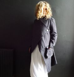 Long Dark Gray Linen Jacket par 13threads sur Etsy