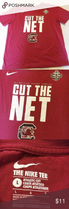 NIKE CUT THE NET UNIVERSITY OF SOUTH CAROLINA TEE NIKE 2007 EAST MEN'S FINAL FOUR NCAA BASKETBALL 🏀CHAMPIONS UNIVERSITY OF SOUTH CAROLINA GAMECOCKS CUT THE NET SHORT SLEEVE GARNET TEE SHIRT. PLAIN ON BACK. A LITTLE FADED BUT IS IN GREAT SHAPE OVERALL. SIZE LARGE. THE NIKE TEE. SUPER COMFORTABLE. GO GAMECOCKS! 🐓🐓🐓🐓 Nike Shirts Tees - Short Sleeve