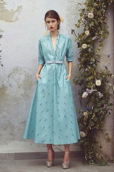 The complete Luisa Beccaria Resort 2018 fashion show now on Vogue Runway.