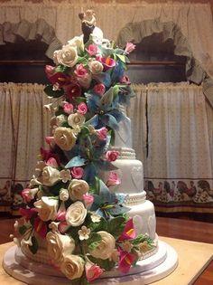 Lovely! Wedding Cake