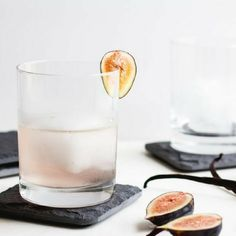 Fig, Vanilla Bean and Gin Cocktail Fig Recipes, Thirsty Thursday, Good Spirits, Food Shows, Menu Restaurant, Savoury Dishes, Clean Eating Snacks, Liquor, Cocktails