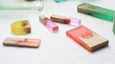 Designer Marcel Dunger Creates Jewelry by Fusing Colorful Bio-Resin to Pieces of Broken Maple Wood