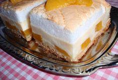 Jemné tvarohové řezy s ovocem Sweet Tooth, Cheesecake, Vegetarian, Food, Cheesecakes, Essen, Meals, Yemek, Cherry Cheesecake Shooters