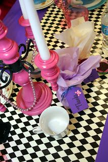 @: Mad Hatter Tea Party Decorations DIY