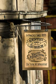 Dr. Yank M. Wrightout--Dentist | Flickr: Intercambio de fotos