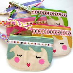 cute felt crafts - small zipped bags as face with headband