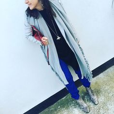 Thursday's Look - mixing #silk #tracksuit, #snakeskinboots and #suede/cashmere. Cosy glam for an eve at my favourite business group in Bath. #bbwa #wardrobeconsultant #fashionblogger #personalshopper