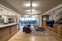 Urban Dallas Wohnung Mit Komfortablen Und Arty Furniture Lösungen