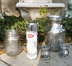 DIY : une touche de mercure pour vos vases . Essayer peut-être avec de la peinture couleur OR . voir aussi ce site : http://www.marieclaireidees.com/,de-superbe-photophore-a-effet-verre-mercurise,2610344,107341.asp