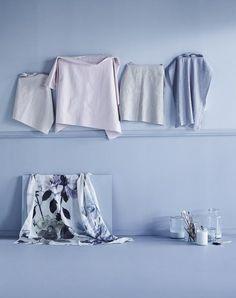 grey walls, styling Anna-Kaisa Melvas, photo Piia Arnould / Glorian Koti Grey Walls, Anna, Tapestry, Home Decor, Style, Hanging Tapestry, Swag, Tapestries, Decoration Home