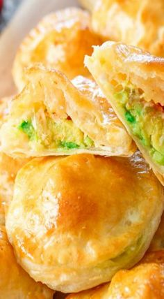 Little puff pastry morsels filled with mashed avocado, fresh mozzarella cheese and salsa.