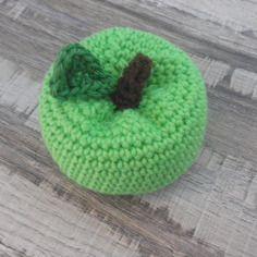 Pomme verte pour jouer à la dînette