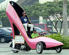 Motorcycle made into giant pink shoe to promote the shoe-making industry of Marikina in the Philippines. Pink High Heels, Pink Shoes, Weird Cars, Cool Cars, Crazy Cars, Pink Love, Pretty In Pink, Everything Pink, Car Humor