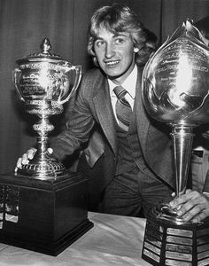 The Big Mouth remembers the year Wayne Gretzky came to Edmonton and readied himself to explode into the hockey world Windsor Hotel, Sports Trophies, Hockey World, Wayne Gretzky, Hockey Stuff, Hockey Cards, National Hockey League, Boston Bruins, Ice Hockey