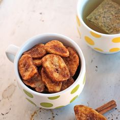 Crunchy Cinnamon Baked Banana Chips Recipe Desserts, Lunch, Snacks with coconut oil, cinnamon, banana chips, maple syrup