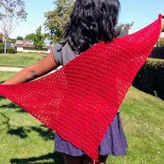 Mission Street Shawl - free crochet pattern by Kavitha Raman at Knotions