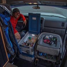 Survival camping tips Minivan Camping, Truck Camping, Camping Life, Camping Fridge, Kombi Motorhome, Car Camper, Campervan, Honda Element Camping, Vw T4