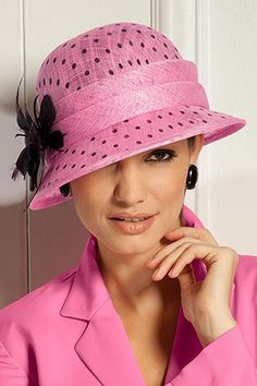 allbeautyallthetime:    (via Pink And Black / metrostyle.com | Shoes & Accessories | Accessories | Hats, Scarves & Gloves | P)