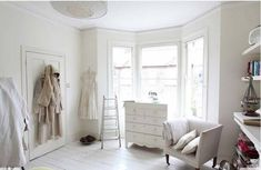 White rooms = love.