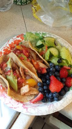 Awesome 600 Calorie meal with avocado, strawberries, and veggie tacos..by Tracie Loux  http://www.adoptagenix.com http://www.adoptagenix.isagenix.com
