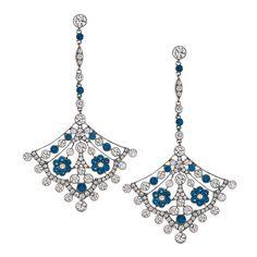 ピアス「モンタナ サファイヤ ファン ピアス」Tiffany & Co./ティファニー・アンド・カンパニー・ジャパン・インクEWELRY: CARLTON DAVIS