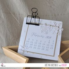"""Christine B : Tampons & matrices de coupe (dies) #4enscrap """"Calendriers à customiser"""" Tampons, Tray, Home Decor, Inspiration, Cards, German Men, Cutaway, Woodwind Instrument, Biblical Inspiration"""