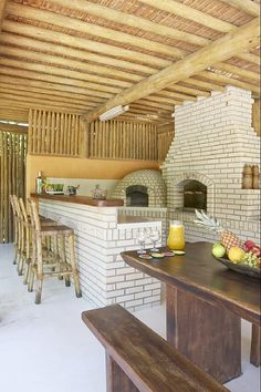 Churrasqueira - lazer bem rústico Asado Grill, Rustic Pergola, Bamboo House, Pallet House, Kitchen Colour Schemes, Wood Fired Oven, Cafe Interior, Fireplace Design, Outdoor Living