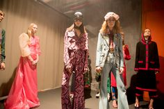 Go behind the scenes at the biggest shows of Milan Fashion Week Spring Fashion Art, Editorial Fashion, High Fashion, Gucci Spring 2017, Dedicated Follower Of Fashion, Milan Fashion Weeks, Backstage, Catwalk, Kimono Top