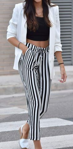 How to Wear: The Best Casual Outfit Ideas - Fashion Casual Work Outfits, Cute Summer Outfits, Work Casual, Spring Outfits, Casual Dresses, Cute Outfits, Spring Dresses, Stripped Pants, Black Crop Tops