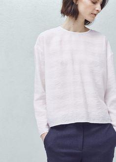 Lightweight blouse | MANGO