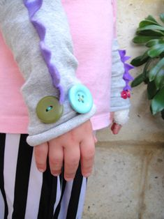 Quirky dragon wrist warmers(A would love to do this with M)
