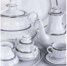Santa Clara se funda en 1922 en Pontevedra y en la actualidad es una de las pocas fábricas españolas especializada en porcelana de primera calidad. Pertenece al grupo Dalper, el cual exporta a los cinco continentes y es uno de los grupos empresariales más respetados a nivel nacional.