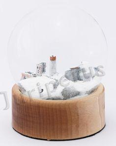 Szklana kula, ruiny zamku w Olsztynie koło Częstochowy, Jura krakowsko - częstochowska Snow Globes, Home Decor, Decoration Home, Room Decor, Home Interior Design, Home Decoration, Interior Design