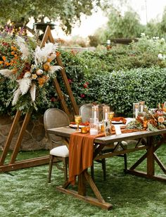 hochzeitsschuhe herbst Boho-Chic Florals + Rustic Colors Made for the Dreamiest Weddingon an Avocado Farm! Orange Wedding, Fall Wedding Colors, Green Wedding Shoes, Wedding Color Schemes, Autumn Wedding Decorations, Fall Wedding Table Decor, Fall Wedding Arches, Farm Wedding, Chic Wedding