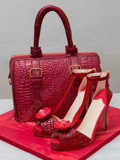 Fashion inspired handbag and high heels - Cake by saima hebel Shoe Box Cake, Shoe Cakes, Cupcake Cakes, Cupcakes, High Heel Cakes, Handbag Cakes, Purse Cakes, Suitcase Cake, Fashionista Cake