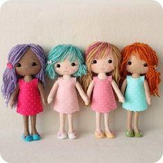 4 cute rag dolls in simple dresses:)