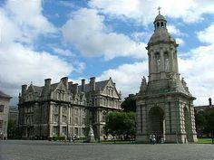 Trinity College Library, Dublin, Irlanda.