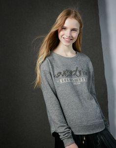ac51947d14f9 Bershka Greece μόδα online για κορίτσια και αγόρια- Αγοράστε τις τελευταίες  τάσεις